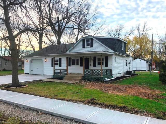 658 Alameda Avenue, Sheffield Lake, OH 44054 (MLS #4243976) :: The Art of Real Estate