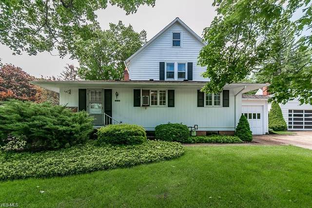 15795 W High Street, Middlefield, OH 44062 (MLS #4245880) :: Keller Williams Legacy Group Realty