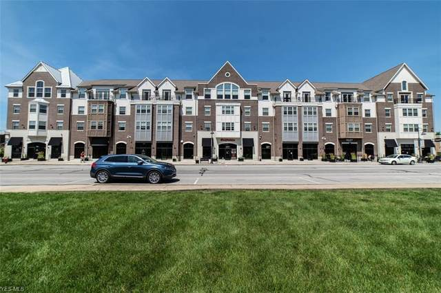 1846 Front Street #401, Cuyahoga Falls, OH 44221 (MLS #4247719) :: Tammy Grogan and Associates at Cutler Real Estate
