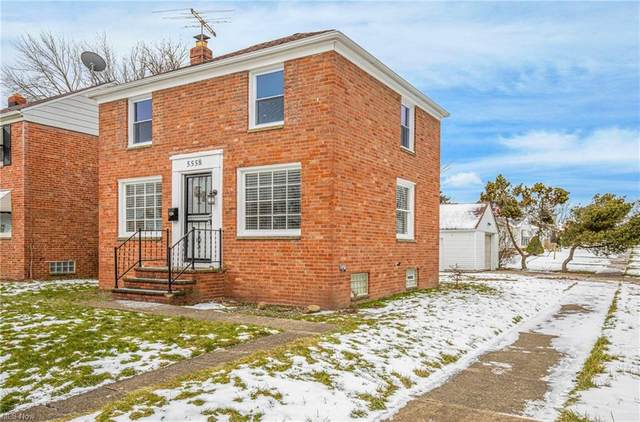 5558 Beechwood Avenue, Maple Heights, OH 44137 (MLS #4248429) :: The Holden Agency