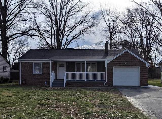 155 Euclid Boulevard, Youngstown, OH 44505 (MLS #4248656) :: Keller Williams Chervenic Realty