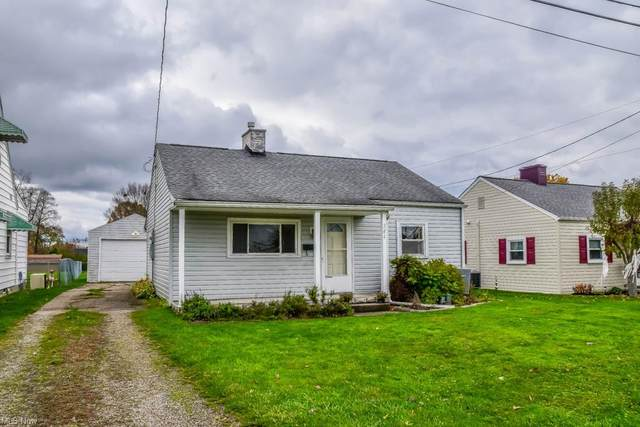 364 27th Street NW, Massillon, OH 44647 (MLS #4248774) :: The Jess Nader Team | RE/MAX Pathway