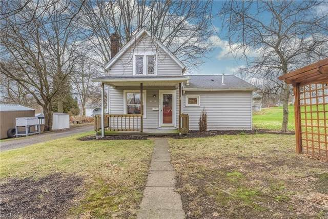 544 E Perry Street, Salem, OH 44460 (MLS #4249419) :: RE/MAX Trends Realty