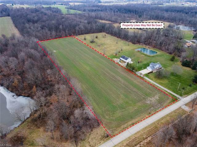 Weaver Road, Berlin Center, OH 44401 (MLS #4249863) :: The Crockett Team, Howard Hanna