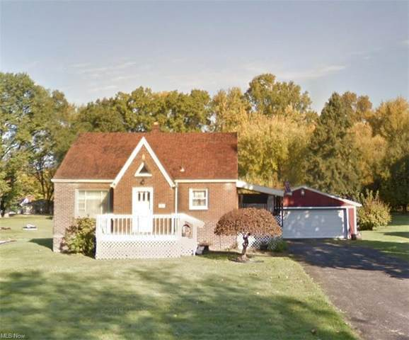 31 Sycamore Drive, New Middletown, OH 44442 (MLS #4251086) :: The Holly Ritchie Team