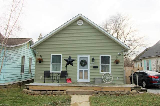 814 E 3rd Street, Port Clinton, OH 43452 (MLS #4252484) :: The Holden Agency