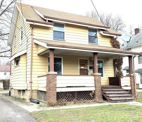 315 Superior Street, Newton Falls, OH 44444 (MLS #4252656) :: The Kaszyca Team