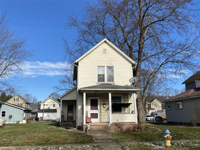 286 E Clark Street, East Palestine, OH 44413 (MLS #4252677) :: RE/MAX Edge Realty