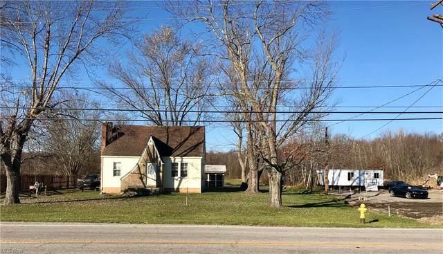 15642 Mahoning Avenue, Lake Milton, OH 44429 (MLS #4252952) :: The Holden Agency
