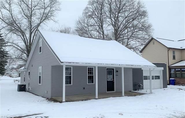 206 N Chestnut Street, Gnadenhutten, OH 44629 (MLS #4255078) :: Keller Williams Legacy Group Realty