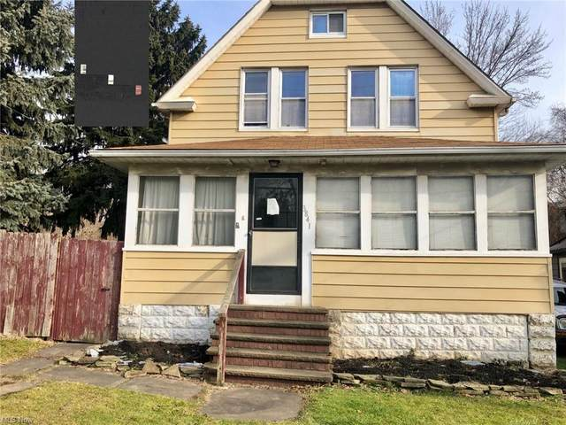 3841 E 52nd Street, Cleveland, OH 44105 (MLS #4255243) :: Keller Williams Chervenic Realty