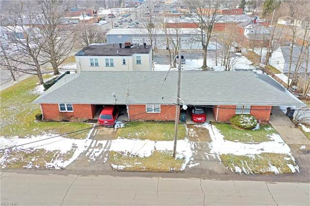 3257 Youngstown Road SE, Warren, OH 44484 (MLS #4255779) :: Keller Williams Legacy Group Realty