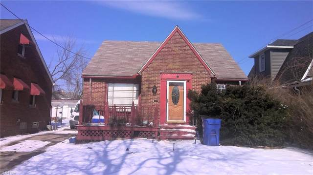 14505 Harvard Avenue, Cleveland, OH 44128 (MLS #4255880) :: Keller Williams Chervenic Realty