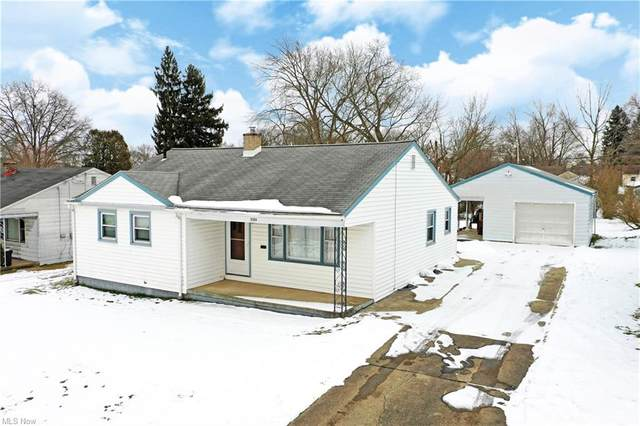 2185 Chaney Circle, Youngstown, OH 44509 (MLS #4255985) :: Tammy Grogan and Associates at Cutler Real Estate