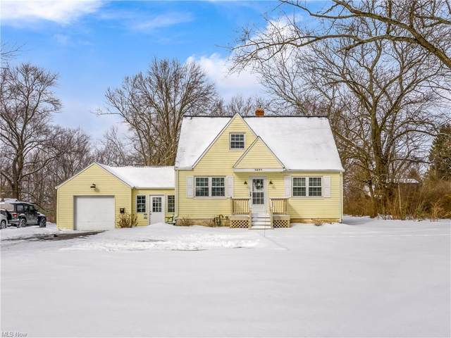 3607 Mogadore Road, Mogadore, OH 44260 (MLS #4256769) :: The Jess Nader Team | RE/MAX Pathway