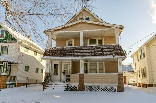 3451 W 100th Street, Cleveland, OH 44111 (MLS #4256798) :: The Kaszyca Team