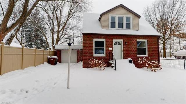 5203 Yorkshire Avenue, Parma, OH 44134 (MLS #4257453) :: The Art of Real Estate