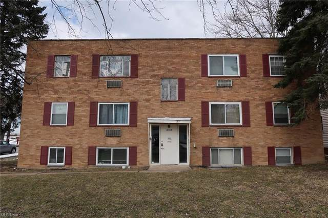 18405 Libby Road, Maple Heights, OH 44137 (MLS #4257979) :: RE/MAX Trends Realty