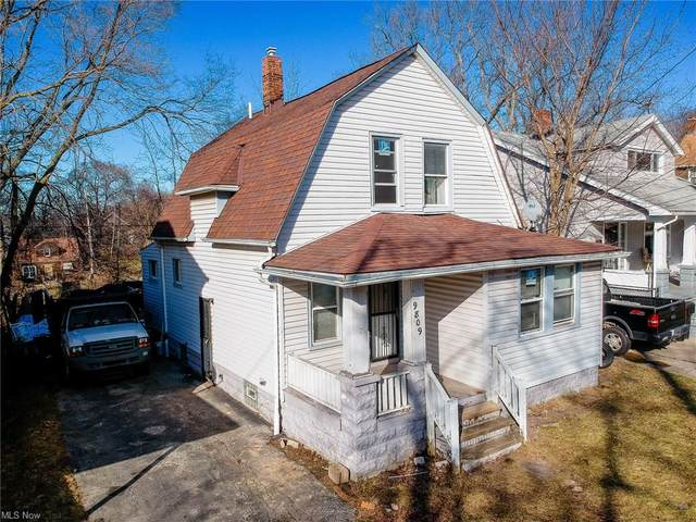9809 Raymond Avenue, Cleveland, OH 44104 (MLS #4258784) :: The Art of Real Estate