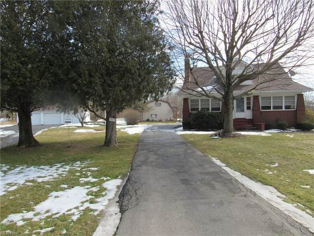 2317 Wick Campbell Road, Hubbard, OH 44425 (MLS #4259046) :: TG Real Estate