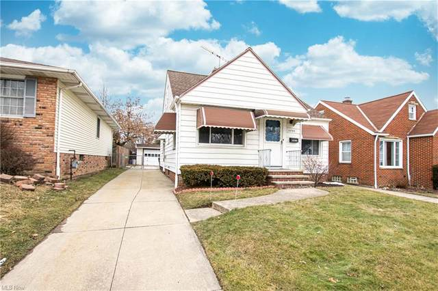 11705 Tonsing Drive, Garfield Heights, OH 44125 (MLS #4259092) :: The Holly Ritchie Team