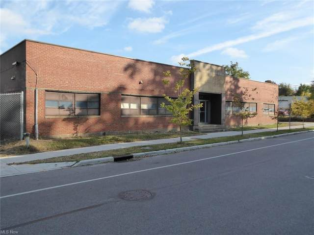 1325 W 73rd Street, Cleveland, OH 44102 (MLS #4259262) :: Tammy Grogan and Associates at Cutler Real Estate