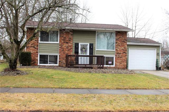 1063 Bryan Place NW, Warren, OH 44485 (MLS #4259324) :: RE/MAX Trends Realty