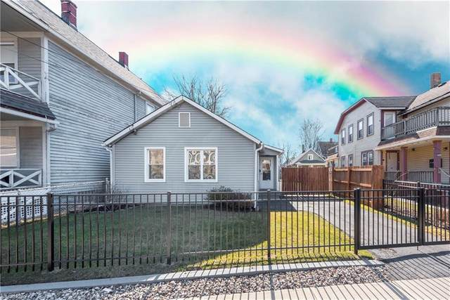 935 Jefferson Avenue, Cleveland, OH 44113 (MLS #4261388) :: Keller Williams Chervenic Realty