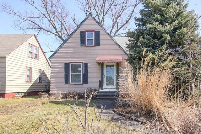 4541 W 174th Street, Cleveland, OH 44135 (MLS #4262540) :: The Art of Real Estate