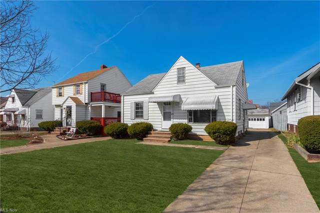 13428 Saint James Avenue, Cleveland, OH 44135 (MLS #4262953) :: The Art of Real Estate