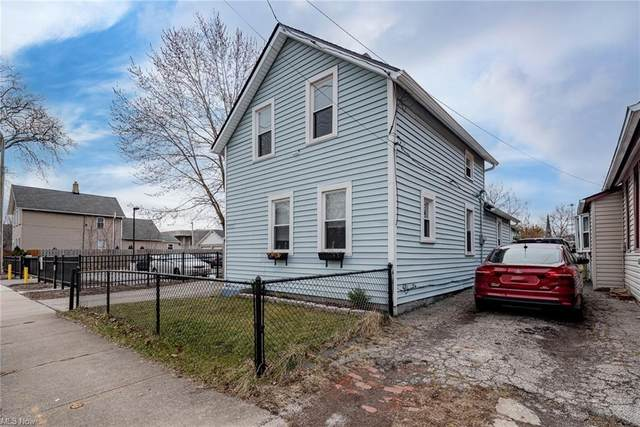 2205 Barber Avenue, Cleveland, OH 44113 (MLS #4263077) :: The Crockett Team, Howard Hanna