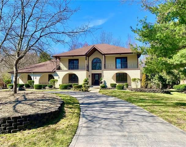 828 Hardwood Court, Gates Mills, OH 44040 (MLS #4263208) :: The Crockett Team, Howard Hanna
