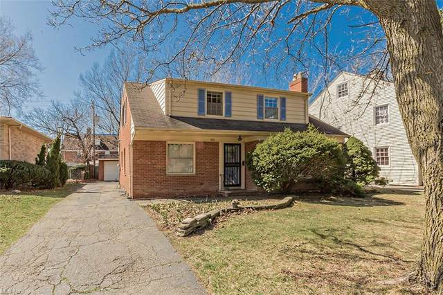3006 Ludlow Road, Shaker Heights, OH 44120 (MLS #4263284) :: Keller Williams Chervenic Realty