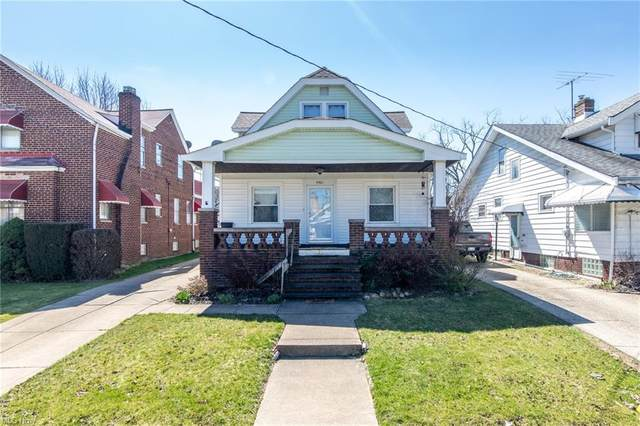 5501 Archmere Avenue, Old Brooklyn, OH 44144 (MLS #4263477) :: The Kaszyca Team