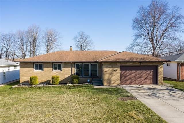 8210 Royal Ridge Drive, Parma, OH 44129 (MLS #4264837) :: Keller Williams Chervenic Realty