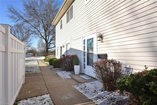 2408 Island Drive D, Uniontown, OH 44685 (MLS #4267622) :: The Jess Nader Team | RE/MAX Pathway