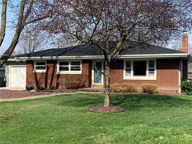 420 N Elm Street, Columbiana, OH 44408 (MLS #4268221) :: The Holly Ritchie Team