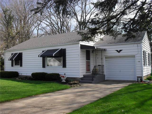 318 19th Street NE, Massillon, OH 44646 (MLS #4269201) :: The Jess Nader Team | RE/MAX Pathway