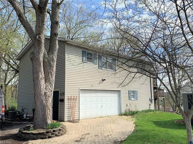 701 2nd Street NE, New Philadelphia, OH 44663 (MLS #4269244) :: The Art of Real Estate