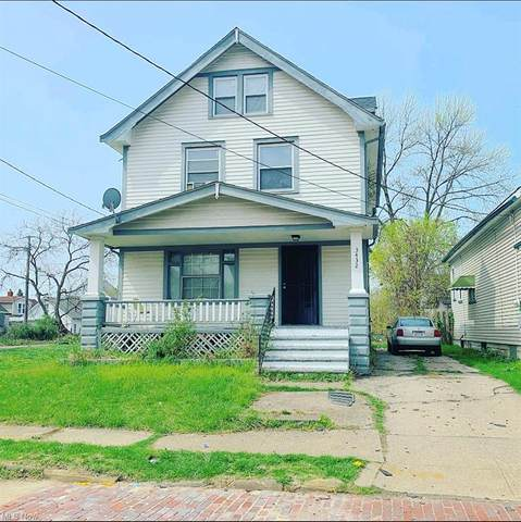 3432 E 73rd Street, Cleveland, OH 44127 (MLS #4269342) :: The Holden Agency