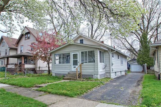 1109 Neptune Avenue, Akron, OH 44301 (MLS #4269596) :: Keller Williams Chervenic Realty