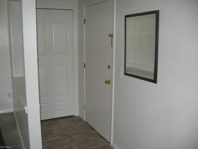 8583 N Akins Road I5, North Royalton, OH 44133 (MLS #4270191) :: Keller Williams Chervenic Realty