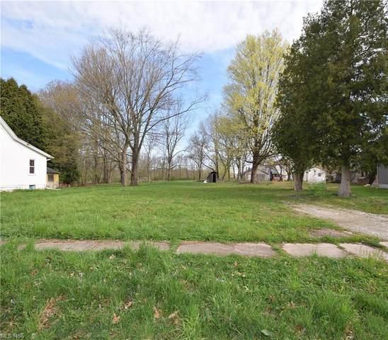 349 W Elm, Kent, OH 44240 (MLS #4270335) :: Keller Williams Chervenic Realty