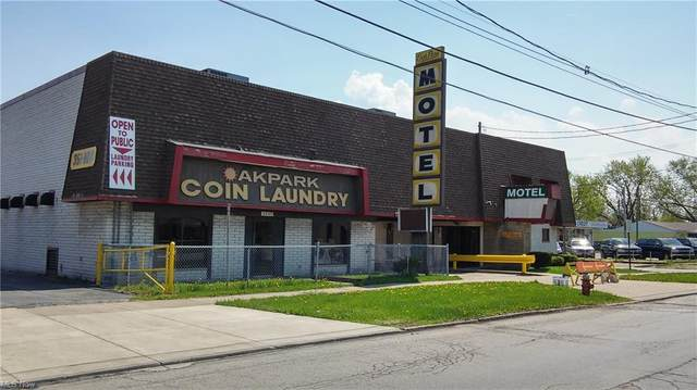 4755 Pearl Rd Road, Cleveland, OH 44109 (MLS #4270454) :: RE/MAX Edge Realty