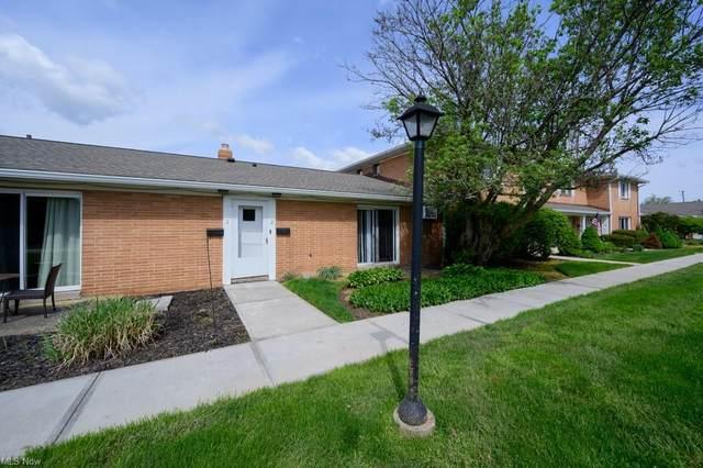 2477 Warren Parkway #2, Twinsburg, OH 44087 (MLS #4270515) :: Keller Williams Legacy Group Realty