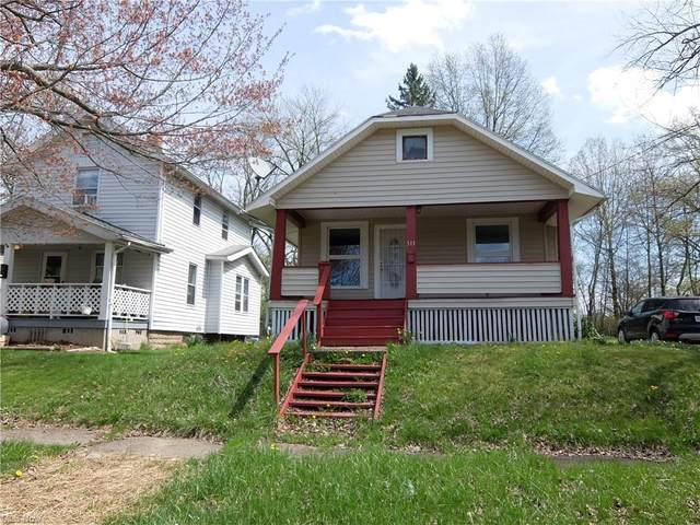 511 Bonnie Brae Avenue SE, Warren, OH 44484 (MLS #4270563) :: Select Properties Realty