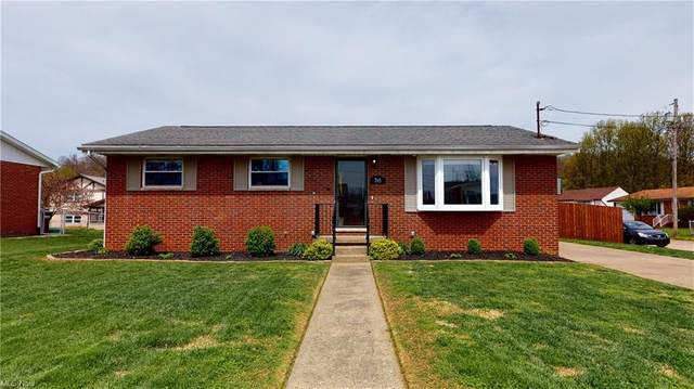 705 Circle Drive, Belpre, OH 45714 (MLS #4270753) :: The Holly Ritchie Team
