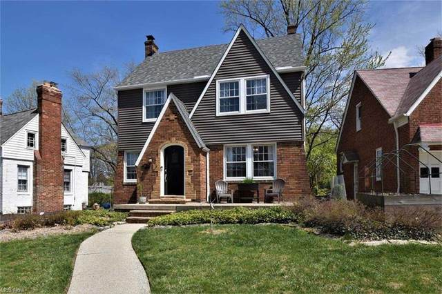 2377 Queenston Road, Cleveland Heights, OH 44118 (MLS #4270779) :: The Holden Agency