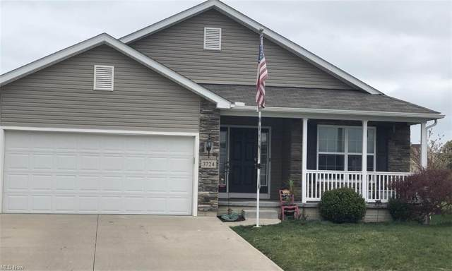 3724 Parkside Circle W, Lorain, OH 44053 (MLS #4270927) :: Keller Williams Legacy Group Realty
