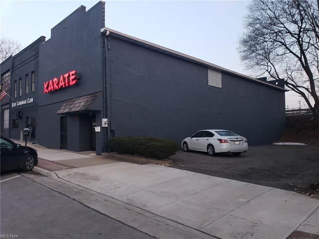 122 W College Street, Kent, OH 44236 (MLS #4271475) :: The Kaszyca Team